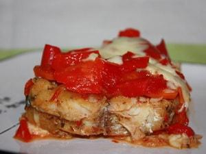 Как и с какими дополнительными ингредиентами можно запечь рыбу с овощами в духовке