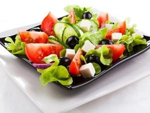 Где можно найти классический рецепт греческого салата с фетаксой