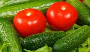Как выбрать ингредиенты для греческого салата с фетаксой, приготовленного по рецепту с фото