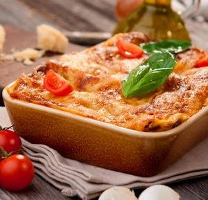 Из каких ингредиентов и как необходимо готовить лазанью в домашних условиях
