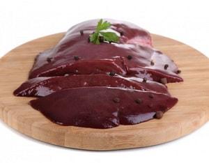 Как правильно выбрать ингредиенты для того, чтобы приготовить паштет из свиной печени с морковью и луком