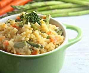 Как и с какими дополнительными ингредиентами можно приготовить ризотто с овощами в домашних условиях