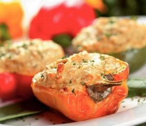 Где можно найти рецепт с фото фаршированного перца, запеченного в духовке
