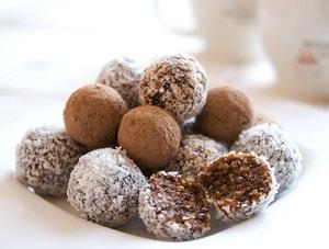 Как приготовить полезные конфеты из сухофруктов и орехов