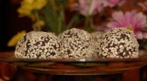 """Как приготовить конфеты """"Отдых в оазисе"""" из сухофруктов и орехов своими руками"""