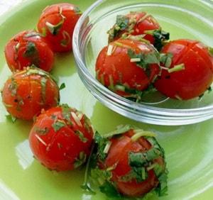 Какова диетологическая ценность малосольных помидоров, приготовленных в пакете по быстрому рецепту за 5 минут