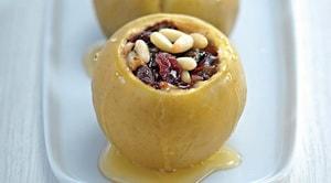 Как и с какими дополнительными ингредиентами можно готовить печеные яблоки в духовке
