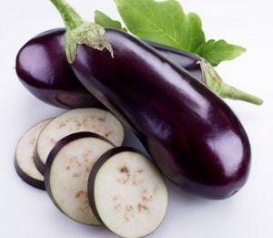 Как правильно выбрать овощи для того, чтобы приготовить рулеты из баклажанов с разными начинаками по рецепту с фото