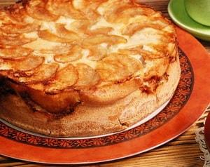 Как и с какими дополнительными ингредиентами можно приготовить творожный пирог на скорую руку в духовке