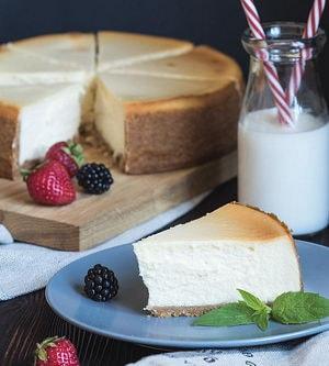 Как приготовить чизкейк с творогом с выпечкой в домашних условиях