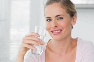 Каким должен быть питьевой режим во время химической диеты профессора Усама Хамдий