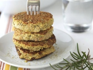 Как и с какими дополнительными ингредиентами можно приготовить котлеты из баклажанов по рецепту с фото