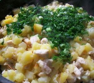Картошка, жареная в мультиварке: рецептс курицей