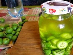 домашняя настойка зеленого грецкого ореха