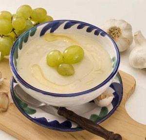калорийность холодного супа из миндаля