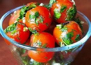 закуска малосольные помидоры