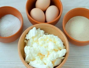 ингредиенты для приготовления сырников