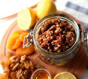 мед с грецкими орехами калорийность